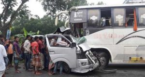 Bus-ambulance acident